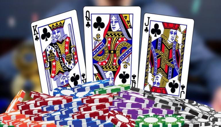 Multiplayer domino